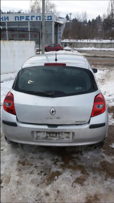 Renault Clio 1.5dci НА  ЧАСТИ, снимка 4