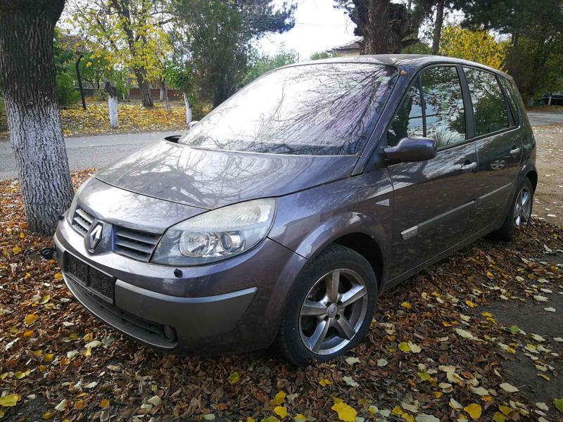 Renault Scenic II, 2.0i, 136 кс.