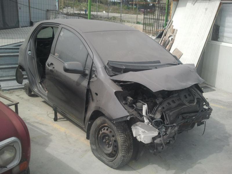 Toyota Yaris 1.0i/1.3iначасти