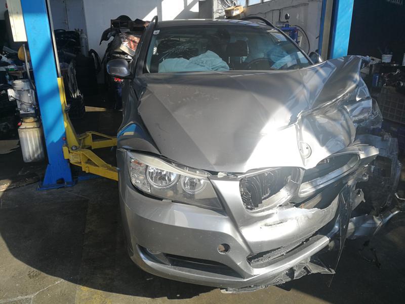 BMW 318, снимка 3
