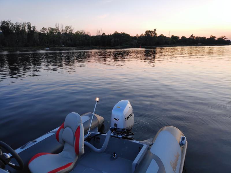 Надуваема лодка Adventure V500 HD, снимка 3