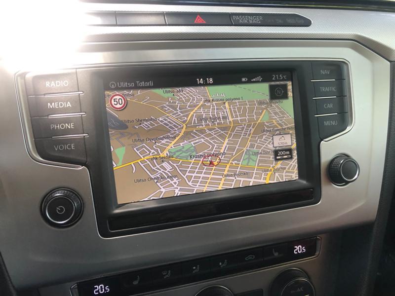 VW Passat 2.0TDI AUTOMAT FULL, снимка 10