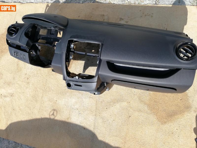 Интериор и аксесоари за Renault Clio