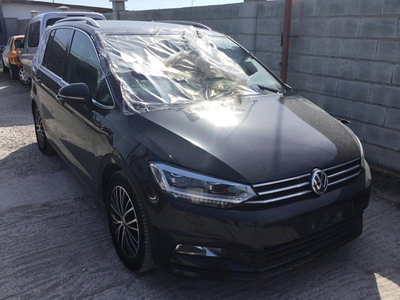 VW Touran 2.0TDI,DSG,дистроник