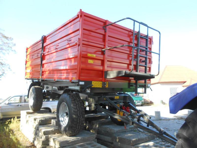 За трактор Pronar T675