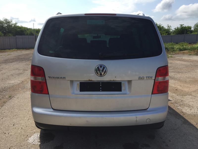 VW Touran 2.0 TDI 140 к.с BKD 6 скорости, снимка 7