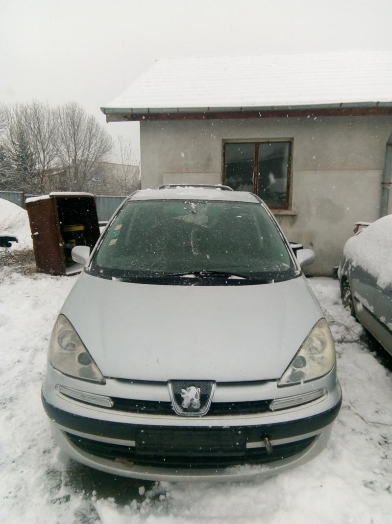 Peugeot 807 2.0 и 2,2 HDI