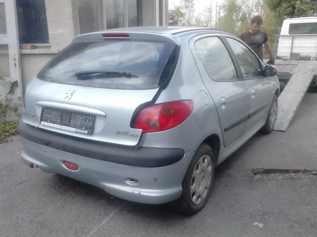 Peugeot 206 1,6I 1,4hdi