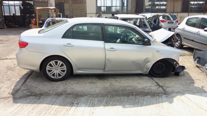 Toyota Corolla 2.0 D4D, снимка 2