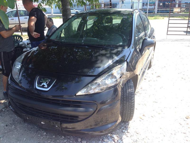 Peugeot 207 1.4i 16v, снимка 2