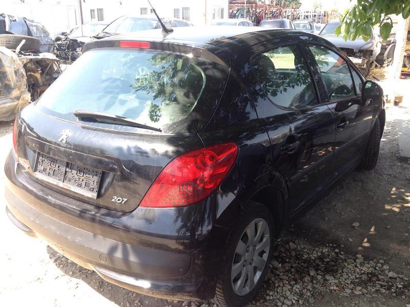 Peugeot 207 1.4i 16v, снимка 5