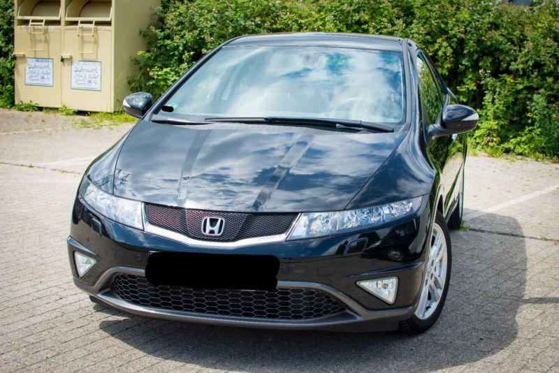 Honda Civic 1.8 I НА ЧАСТИ