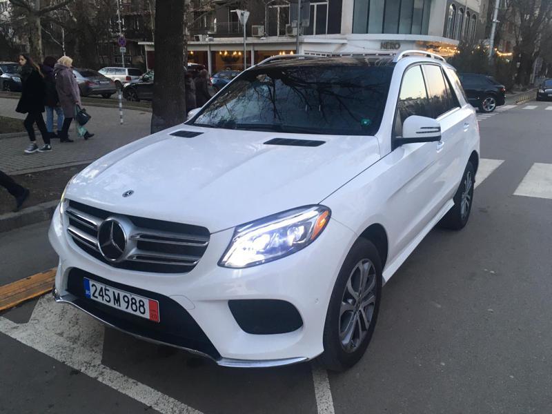 Mercedes-Benz GLE 400 4MATIC AMG Line, 360 Камера, DISTRONIC, Harman