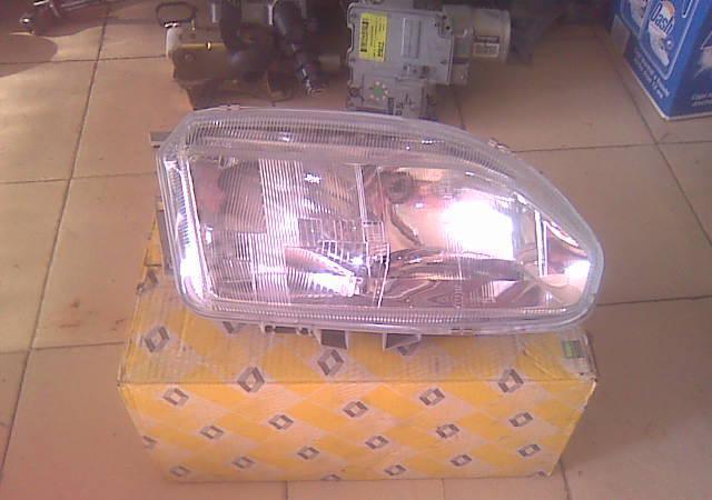 Светлини за Renault Safrane