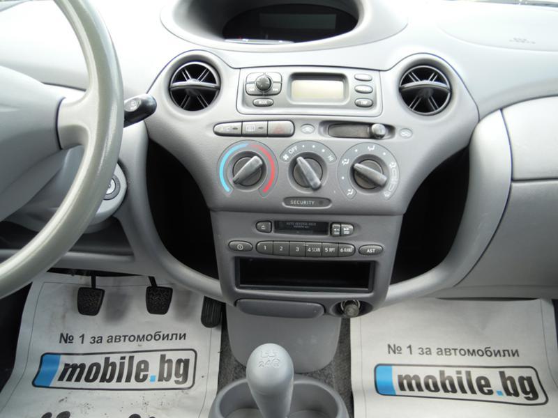Toyota Yaris, снимка 15