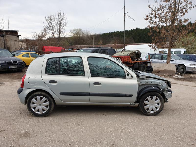 Renault Clio 1.5dci, снимка 8