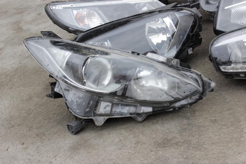 Светлини за Mazda 3