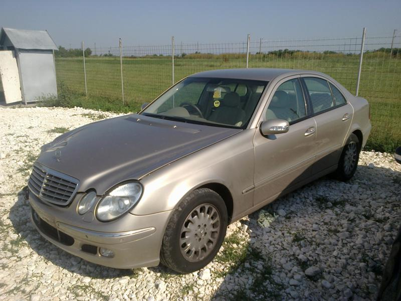 Mercedes-Benz E 270 220, 270, 320 CDI