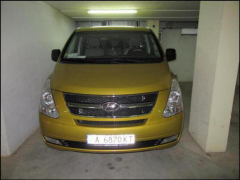 Hyundai H1 H 1