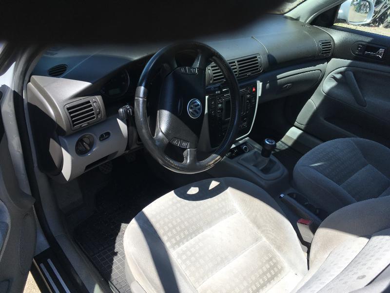 VW Passat 2.3 V5 на части, снимка 10