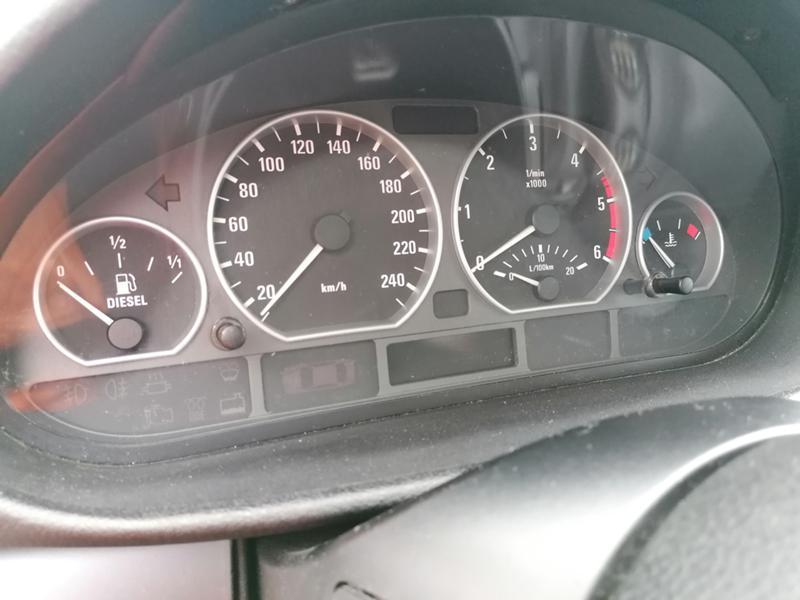 BMW 320, снимка 11