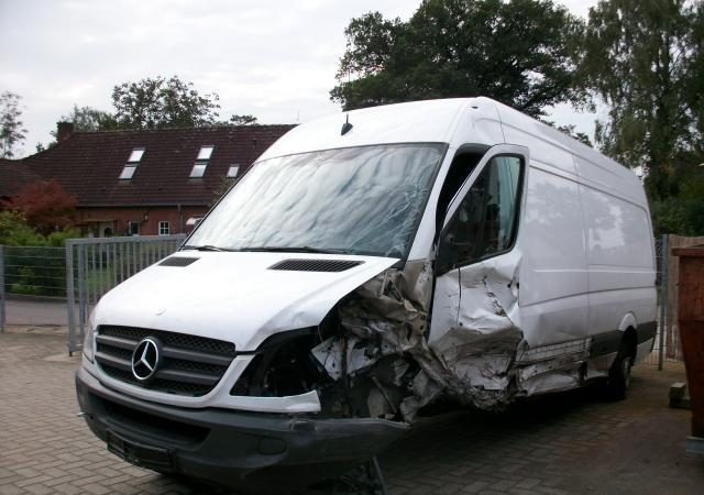 Mercedes-Benz Sprinter НА части БУСОВЕ, снимка 2