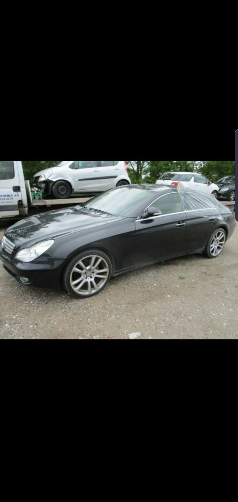 Mercedes-Benz CLS 500 На части