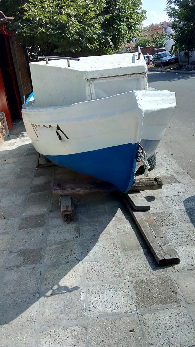 Лодка Asso Ял 4