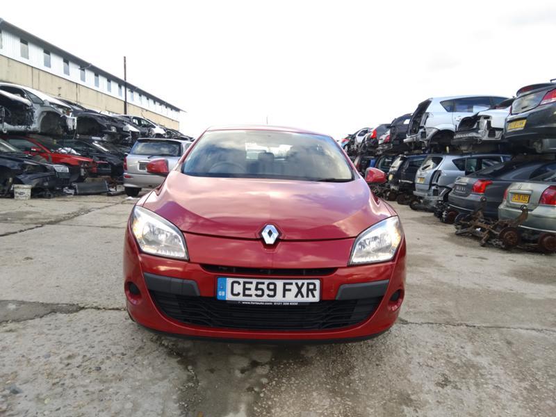 Renault Megane 1.6 VVT бензин