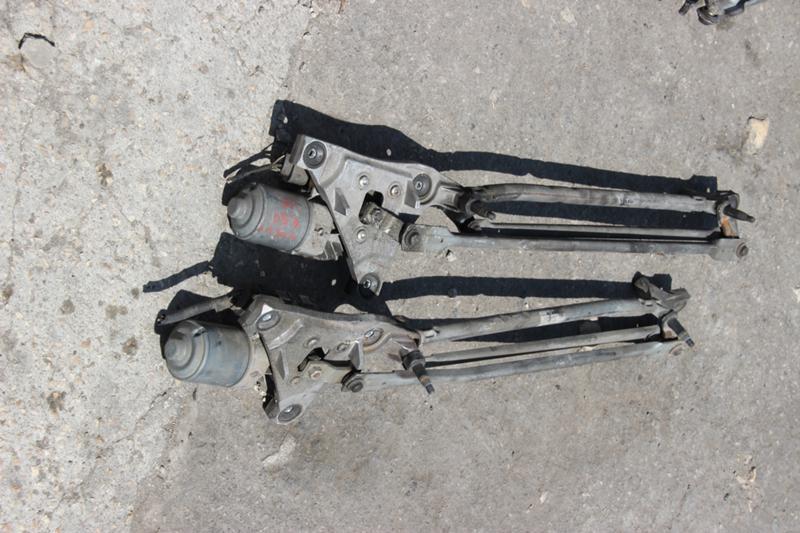 Малогабаритни каросерийни части за Volvo V50