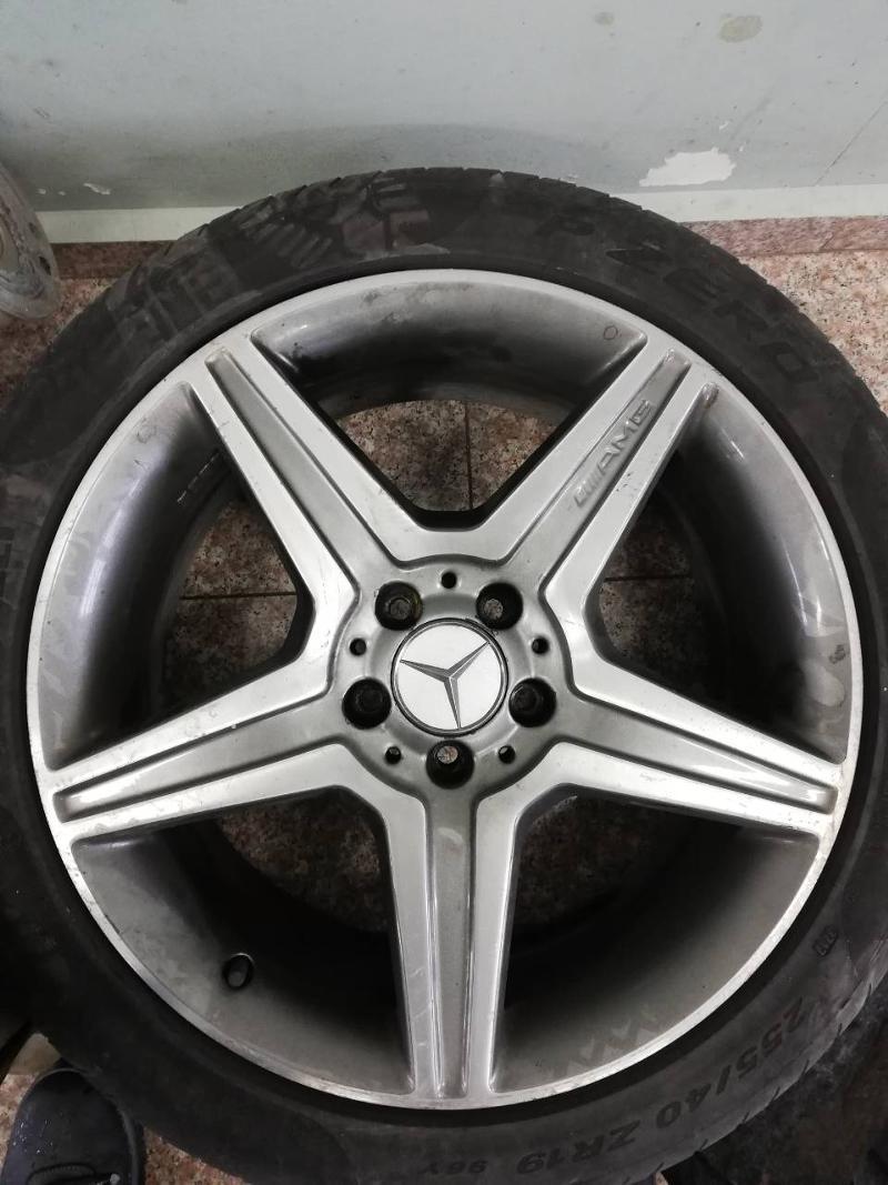 Гуми с джанти Pirelli 255/40R19