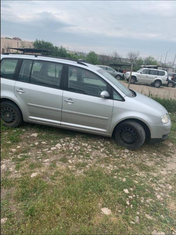 VW Touran 1,9 AVQ 101k НА ЧАСТИ, снимка 2