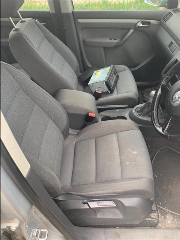 VW Touran 1,9 AVQ 101k НА ЧАСТИ, снимка 6