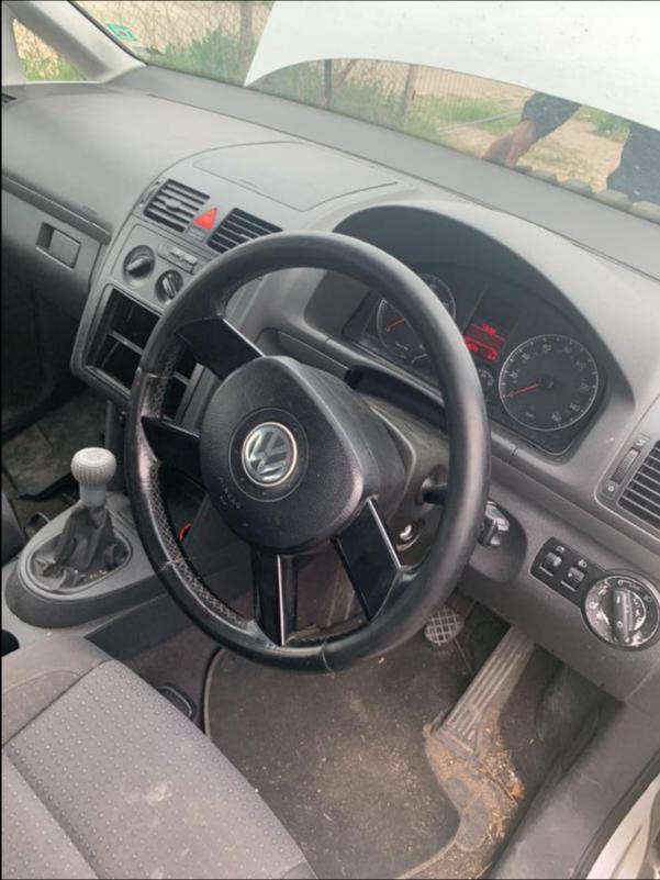 VW Touran 1,9 AVQ 101k НА ЧАСТИ, снимка 7