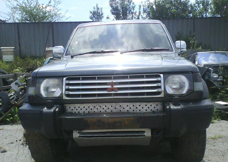 Mitsubishi Pajero 2.5TD на части