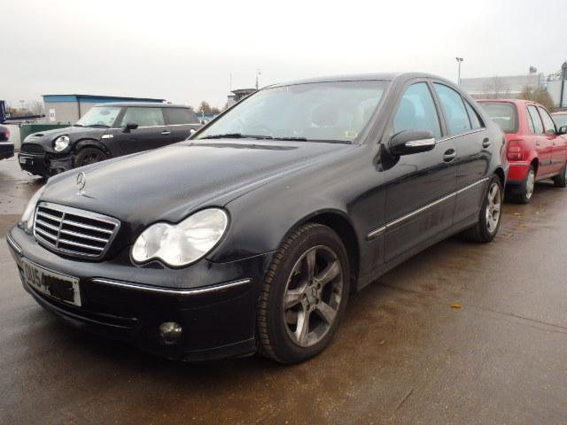 Mercedes-Benz C 220 W 203 150к.с